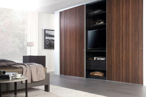 kastenwand-pute-hout-mooi-slaapkamer